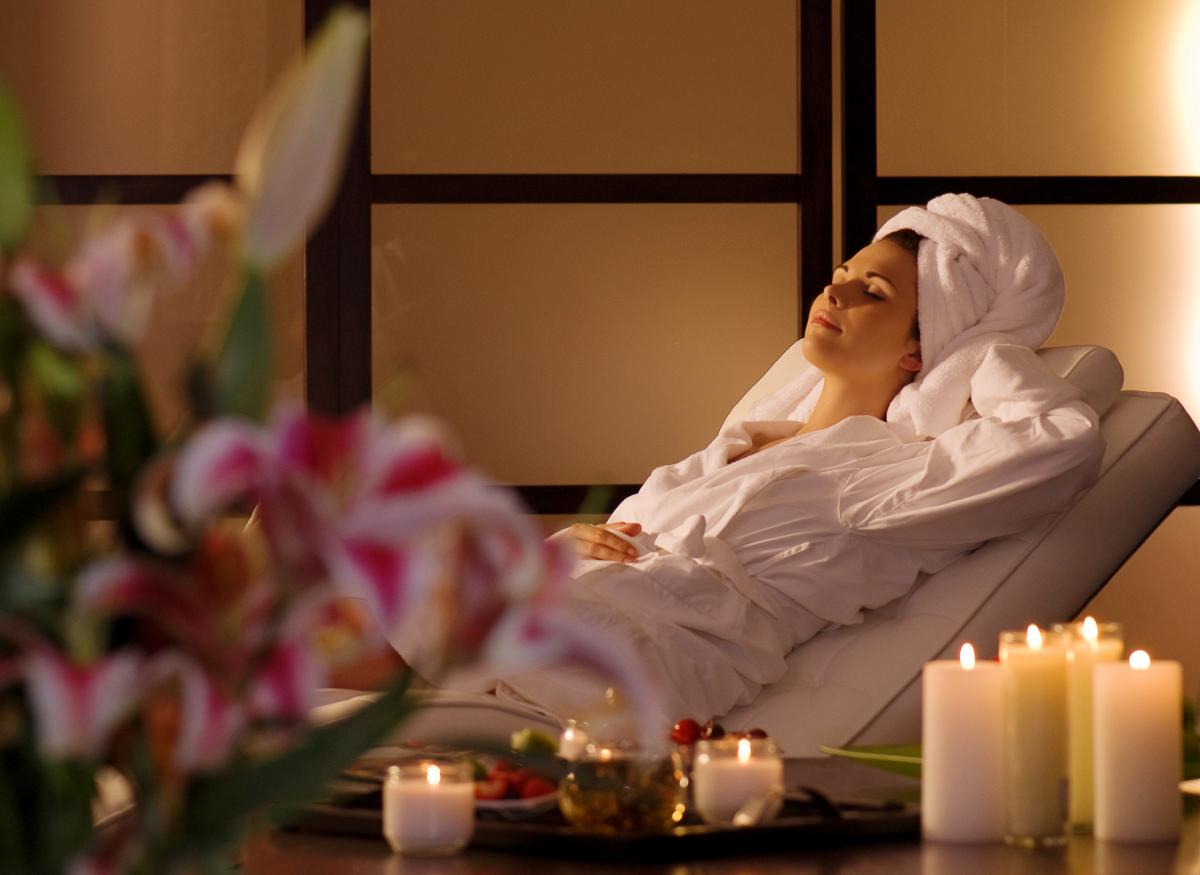 Packages spa lux for Lux salon and spa